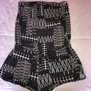 Black&White Pattern Design Strapless Romper